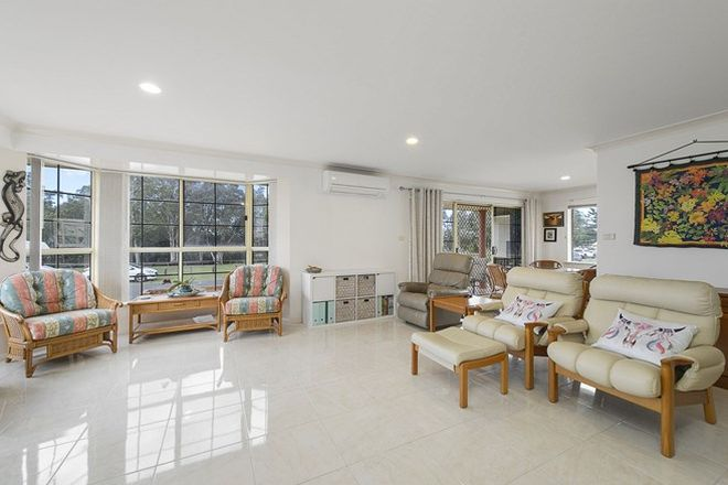 Picture of 1/10 McLennan Street, LAURIETON NSW 2443