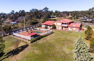 Picture of 2 Berry Close, Grasmere NSW 2570