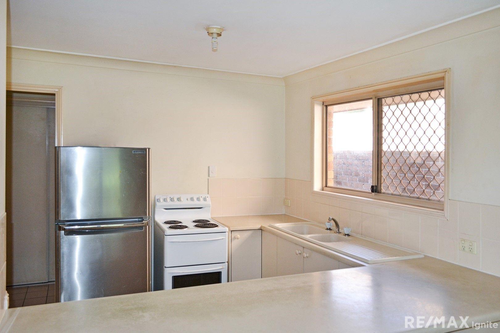 66 Flinders Cres, Forest Lake QLD 4078, Image 2
