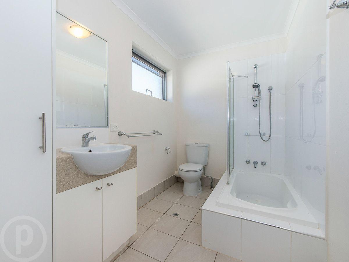 4/79 Goodwin Terrace, Moorooka QLD 4105, Image 1