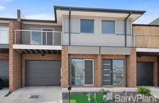 Picture of 2/16 Marble Drive, Cobblebank VIC 3338