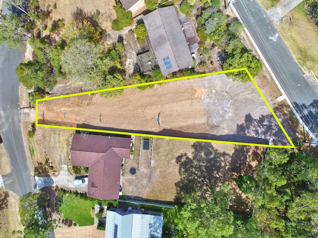 30 Myrtle Creek Avenue, Tahmoor NSW 2573, Image 2