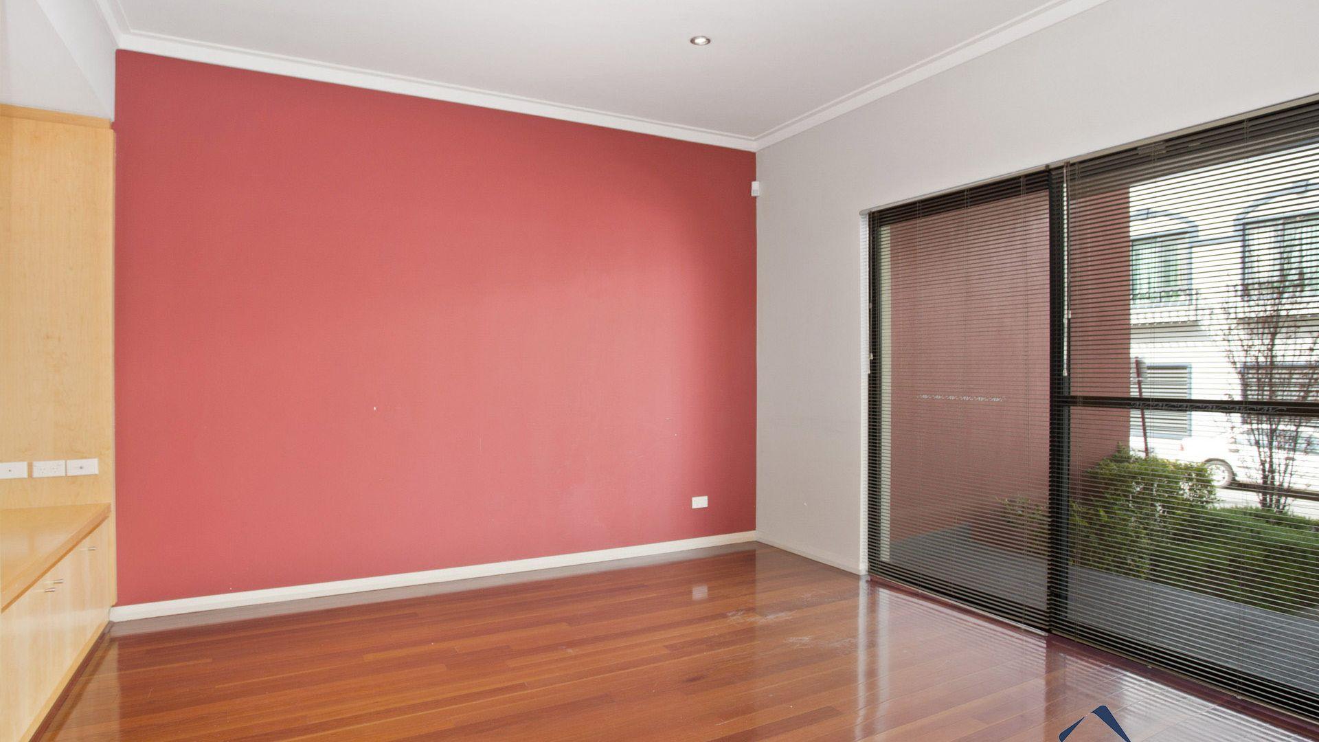 12/18 Robinson Avenue, Perth WA 6000, Image 2