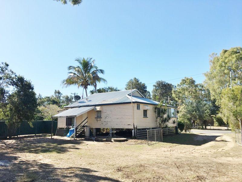 22 MOORE PARK ROAD, Moore Park Beach QLD 4670, Image 2