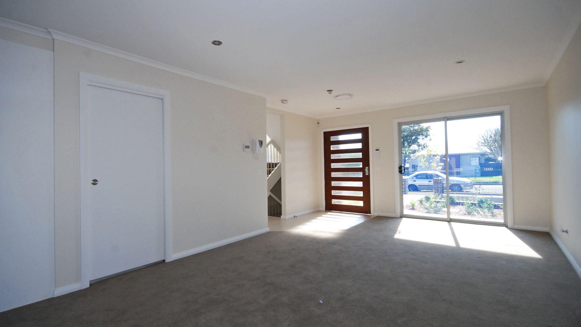 3/36-38 Durbar Avenue, Kirrawee NSW 2232, Image 1