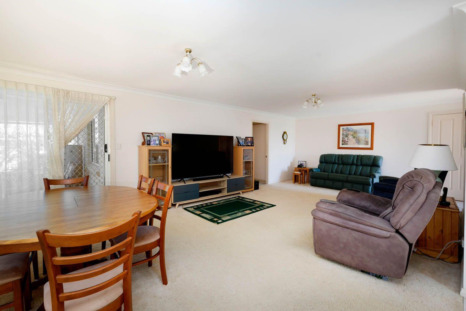 1/12 Amanda Crescent, Forster NSW 2428, Image 1