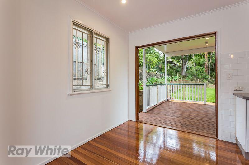 26 Miawela Street, Seven Hills QLD 4170, Image 2