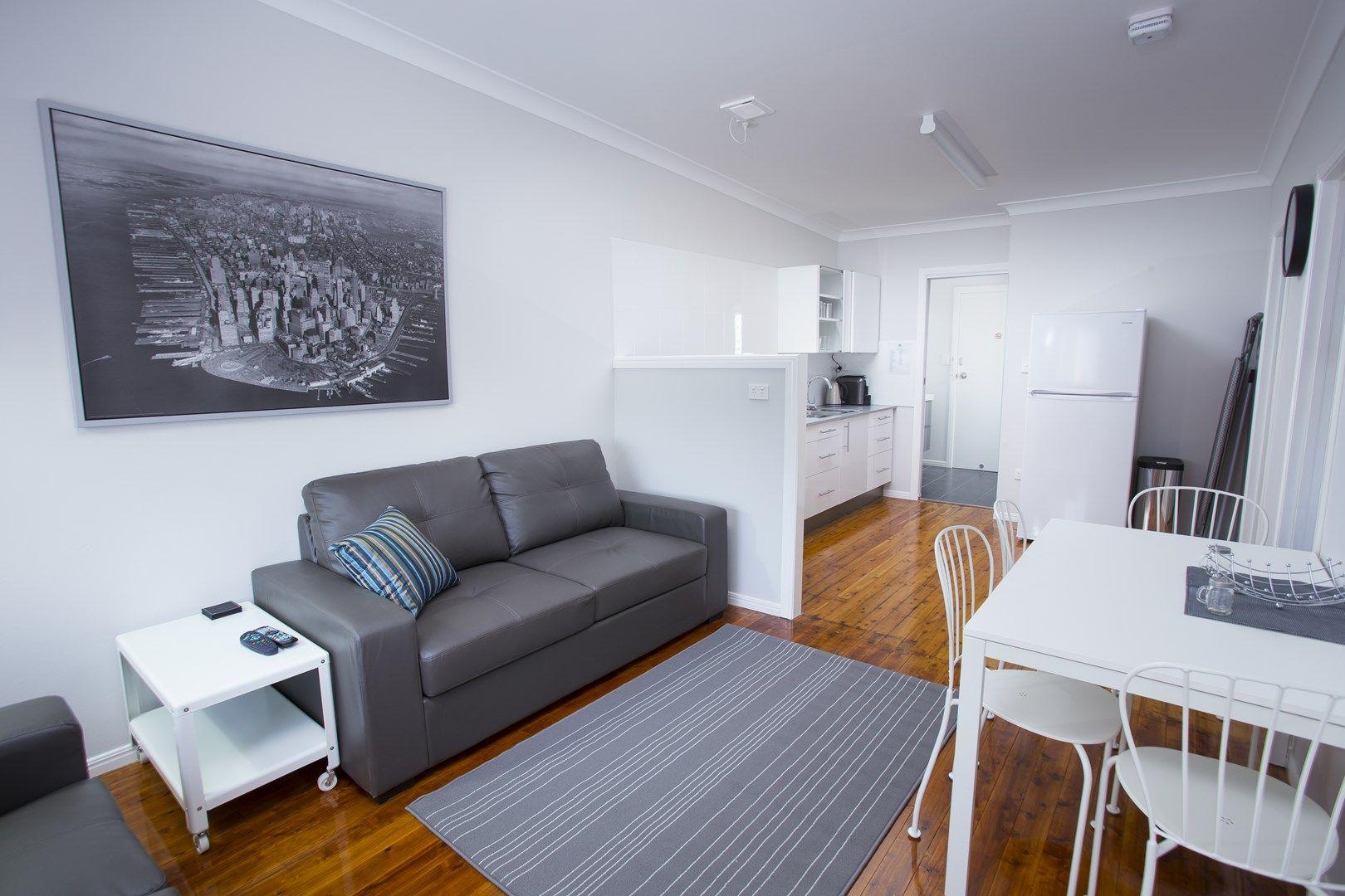 3/214 Long Street, South Toowoomba QLD 4350, Image 0