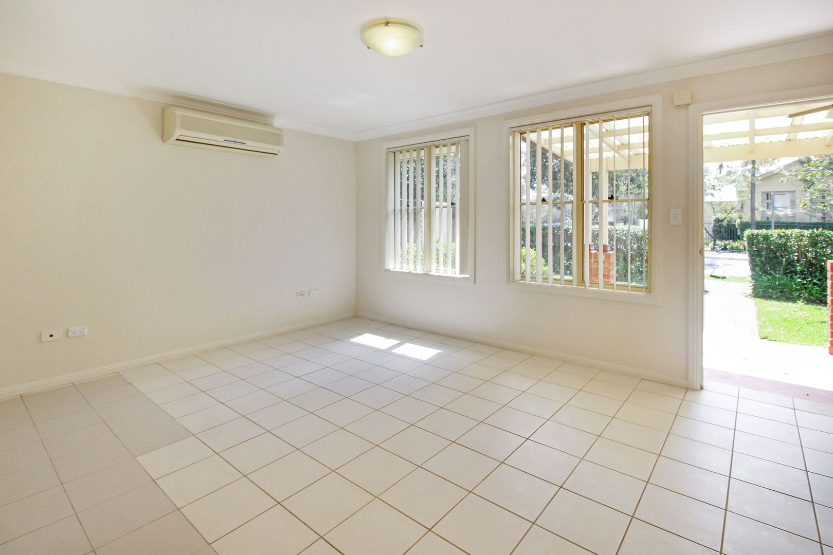 1/15 Winbourne Street, West Ryde NSW 2114, Image 0