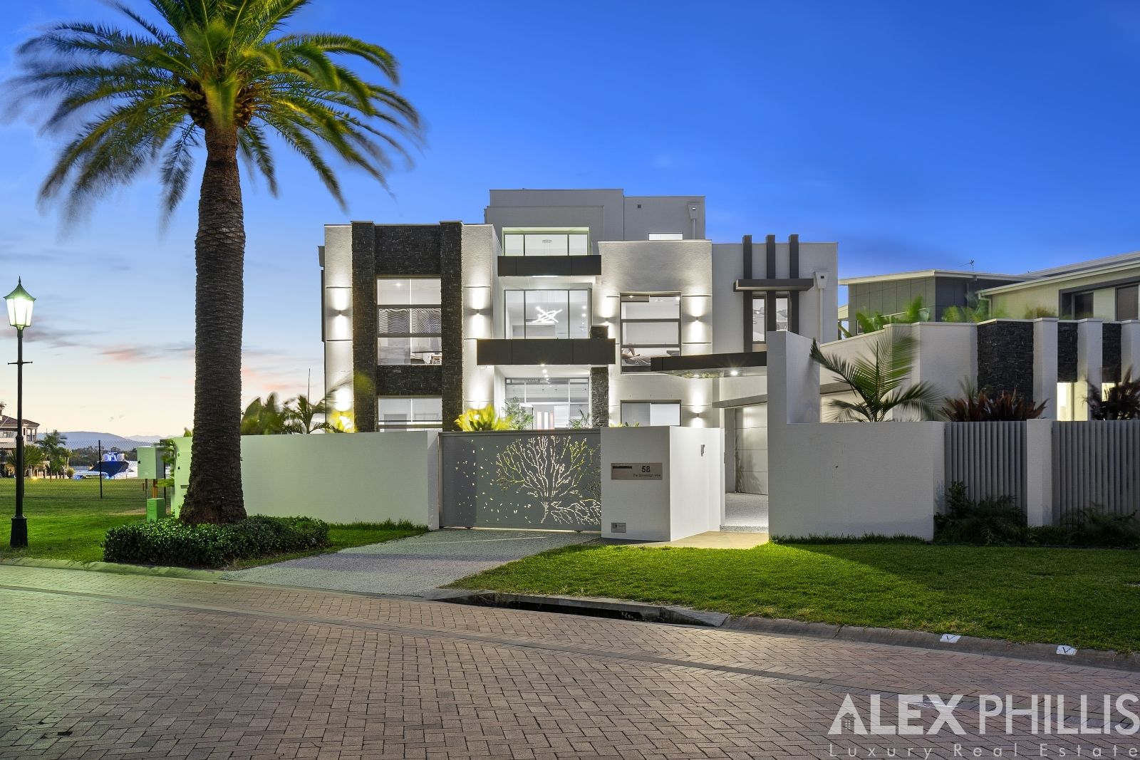 58 The Sovereign Mile, Sovereign Islands QLD 4216, Image 0