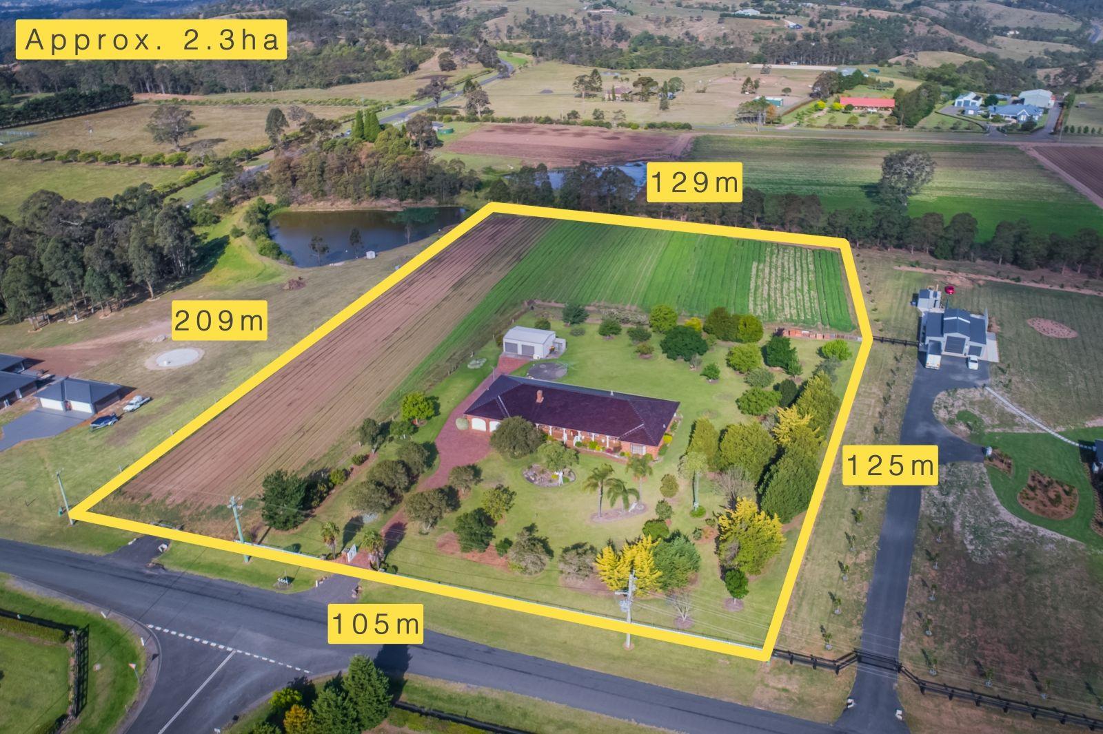 15 Mount View Close, Razorback NSW 2571, Image 0