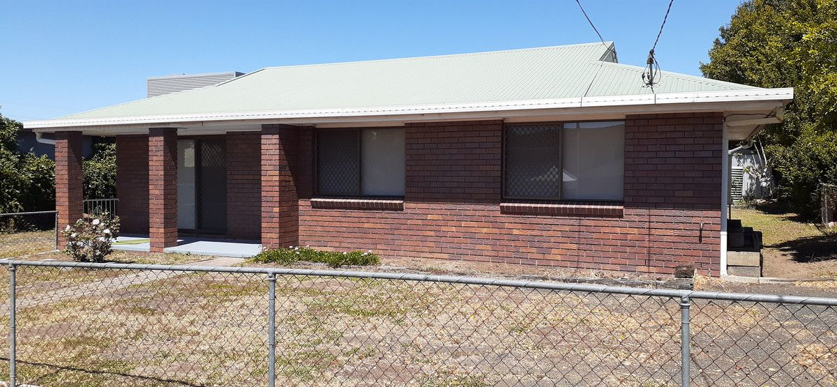 2 Greenham Street, Raceview QLD 4305, Image 0