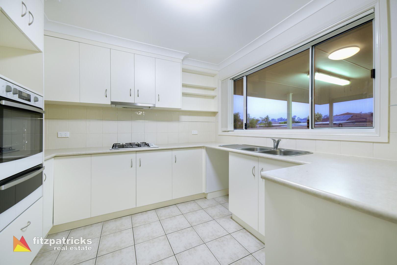 12 Bedervale Street, Bourkelands NSW 2650, Image 2