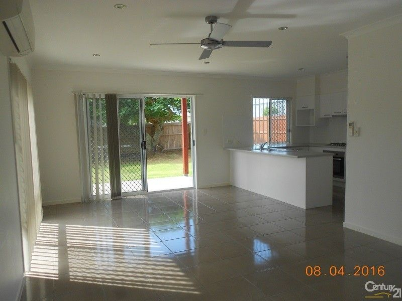 32a Pearl Street, Scarborough QLD 4020, Image 2