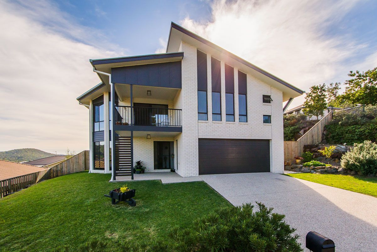 12 Sangster Crescent, Pacific Pines QLD 4211, Image 0