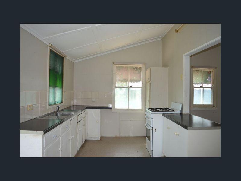 33 Head Street, Laidley QLD 4341, Image 2