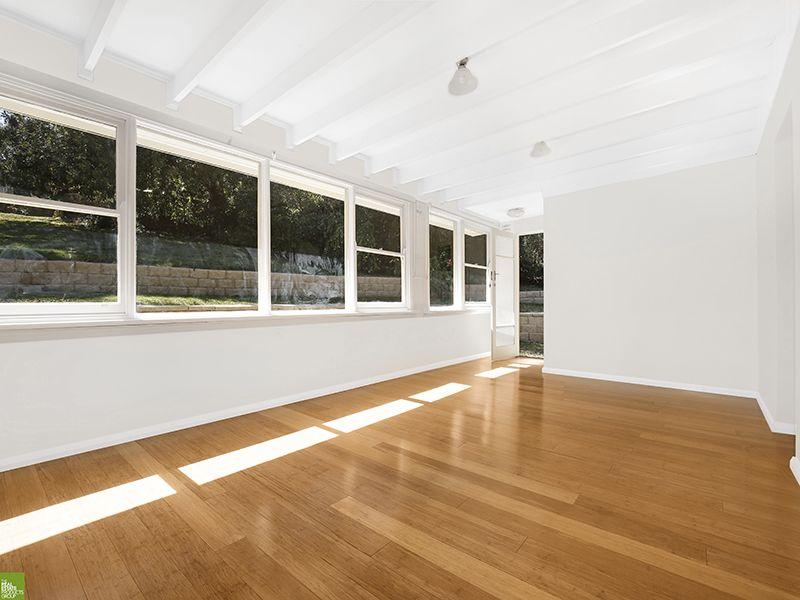2 Holmden Avenue, Mangerton NSW 2500, Image 0
