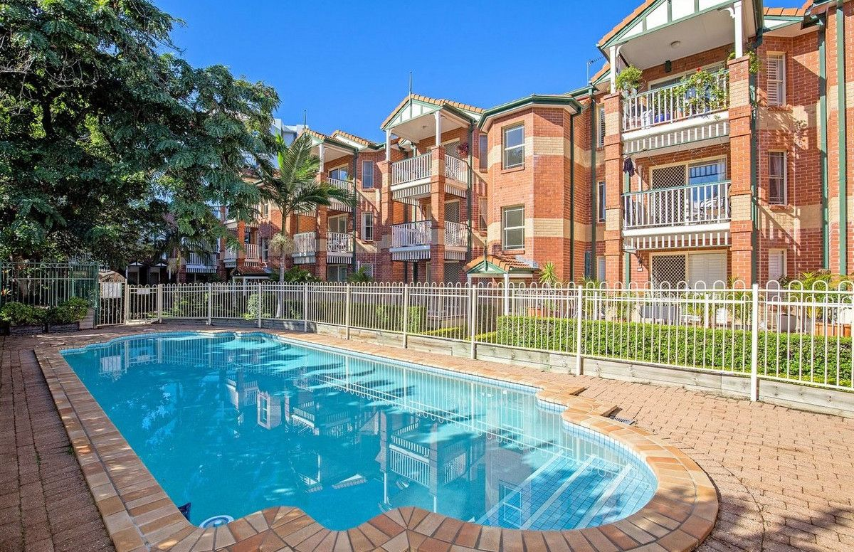 11/53 Bauer Street, Southport QLD 4215, Image 2