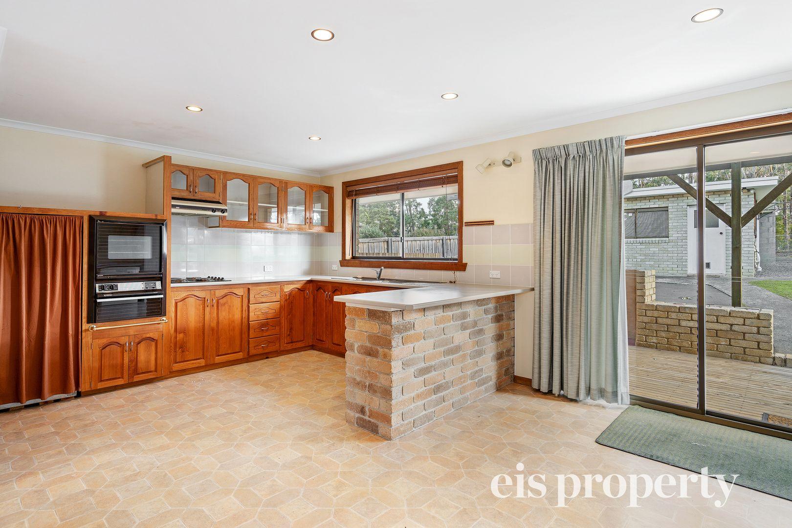7 Broughton Avenue, Mount Nelson TAS 7007, Image 1