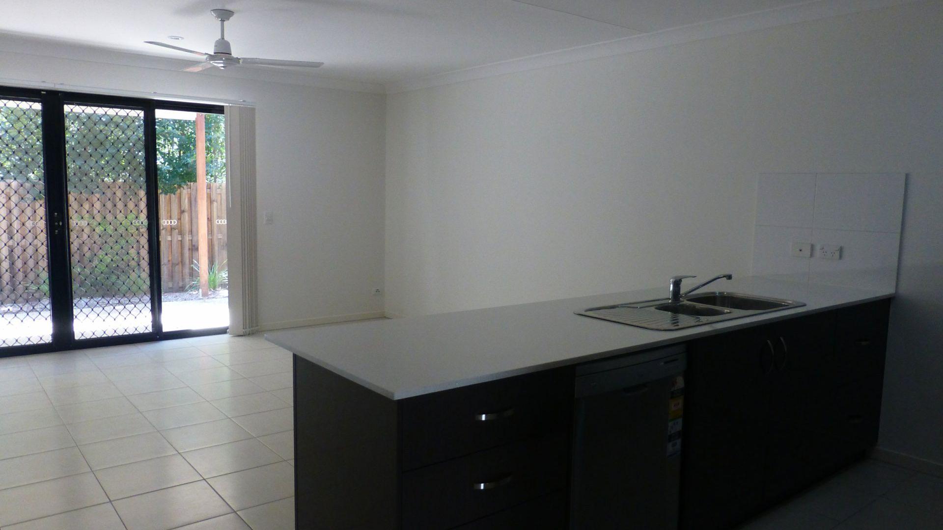 15/77 Menser Street, Calamvale QLD 4116, Image 2