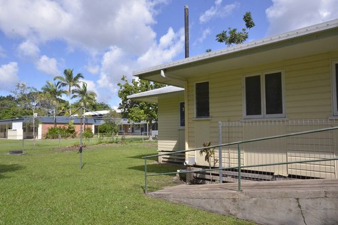 Picture of 44 Front Street, MOSSMAN QLD 4873
