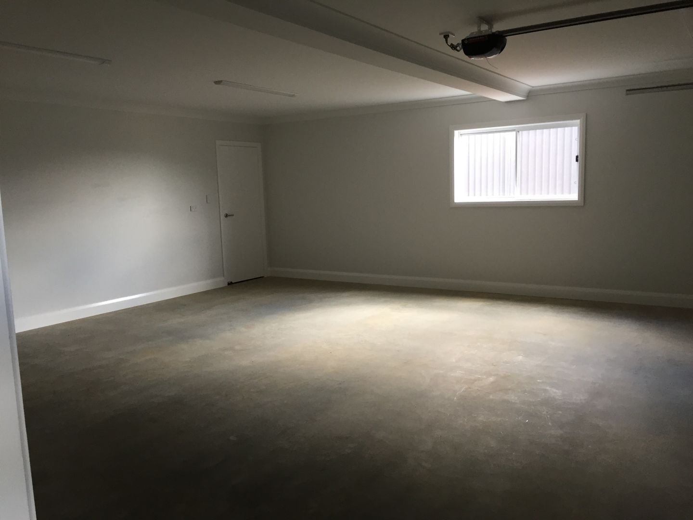 12 Currawong Drive, Tamworth NSW 2340, Image 2
