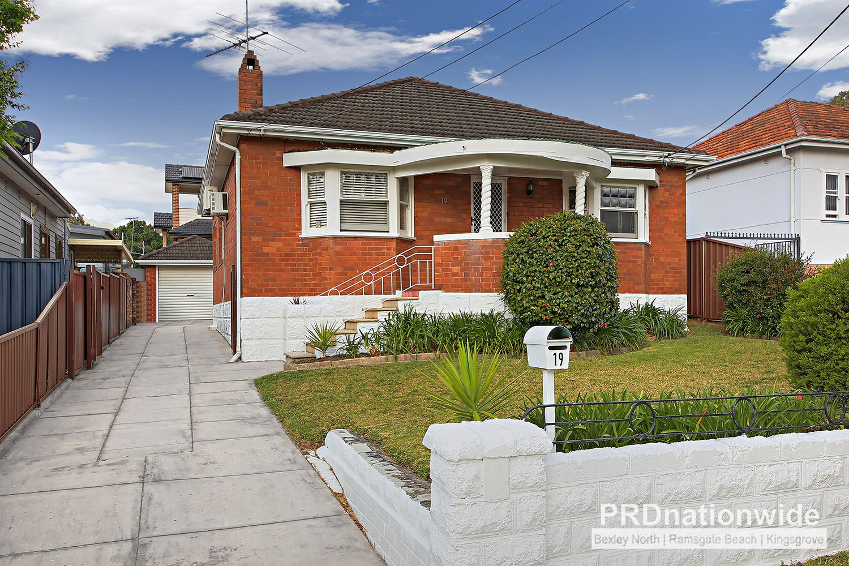 19 Ada Street, Kingsgrove NSW 2208, Image 0