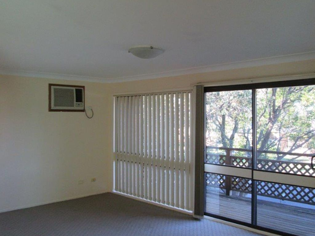 33 Berallier  Drive, Camden South NSW 2570, Image 1