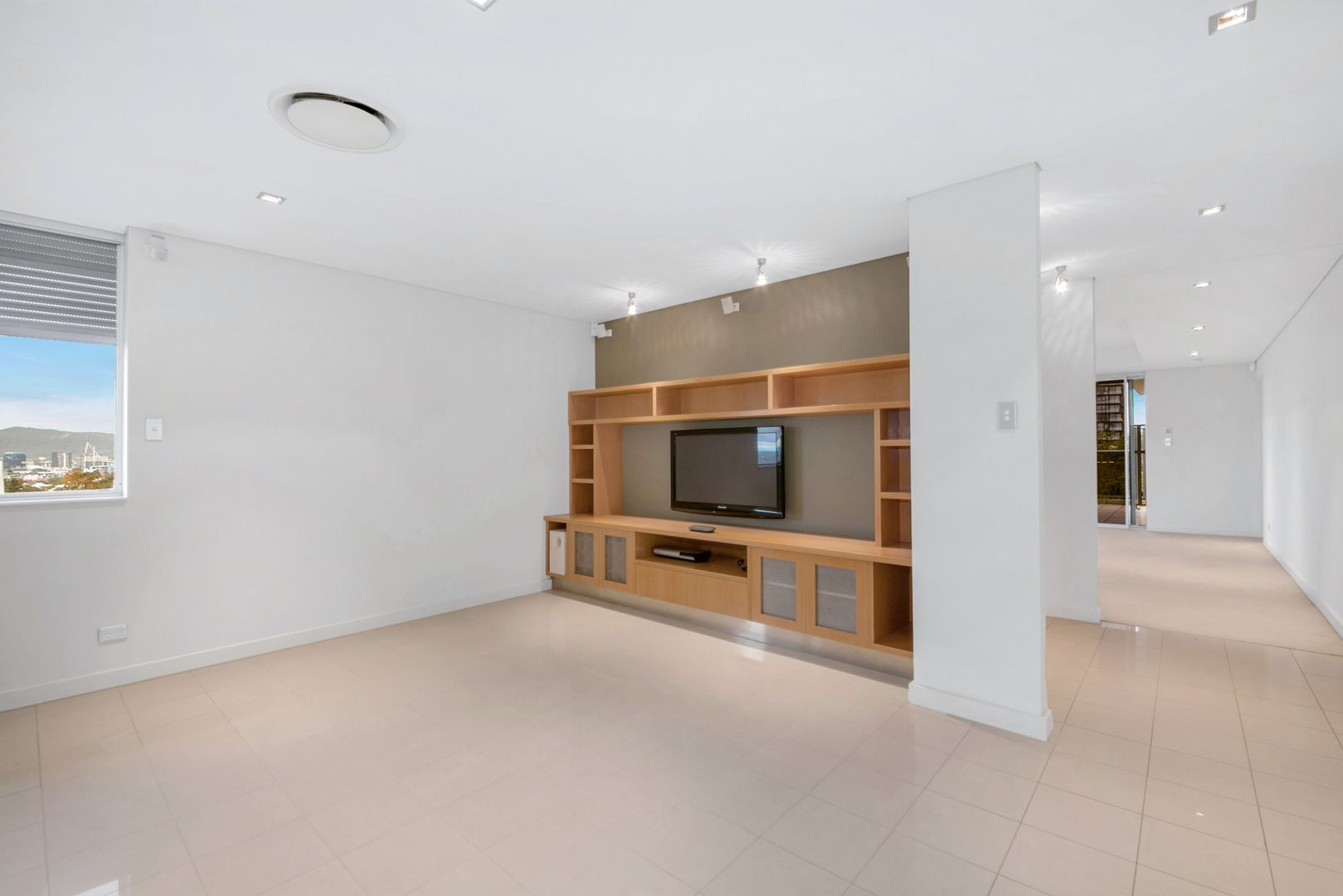 10/19 Beaconsfield Street, Highgate Hill QLD 4101, Image 2