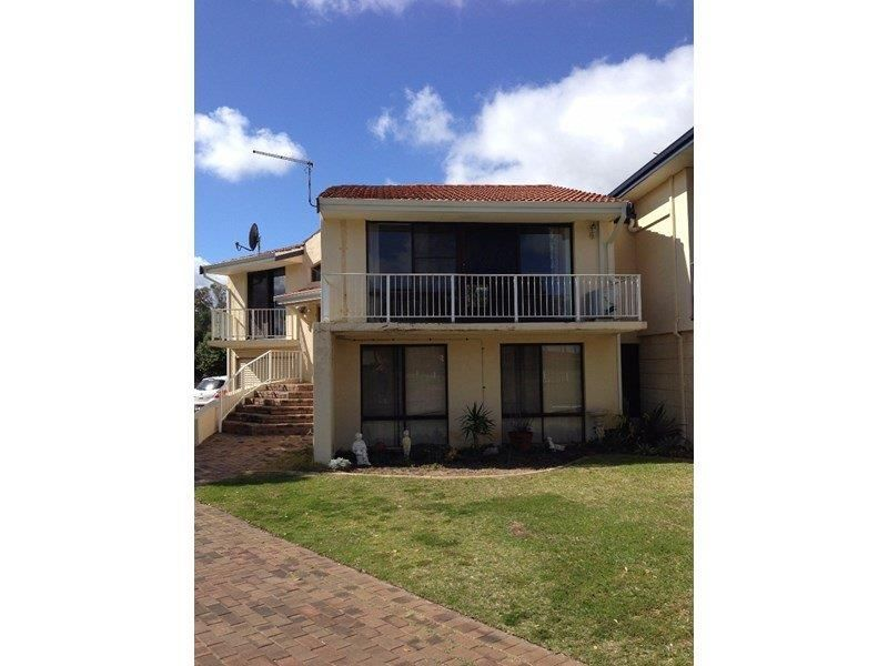 2/131 Ormsby Terrace, Silver Sands WA 6210, Image 0