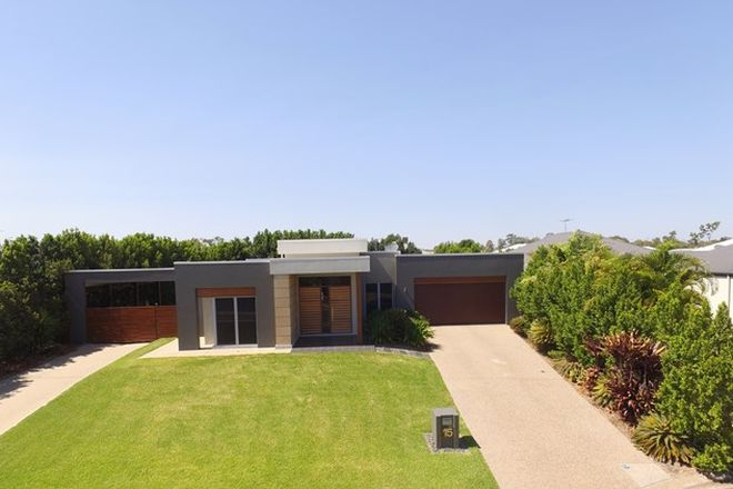 Picture of 15 Morgan Place, EMERALD QLD 4720
