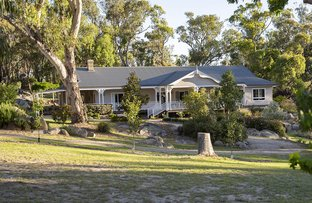 Picture of 47 Old Caves Rd, Stanthorpe QLD 4380