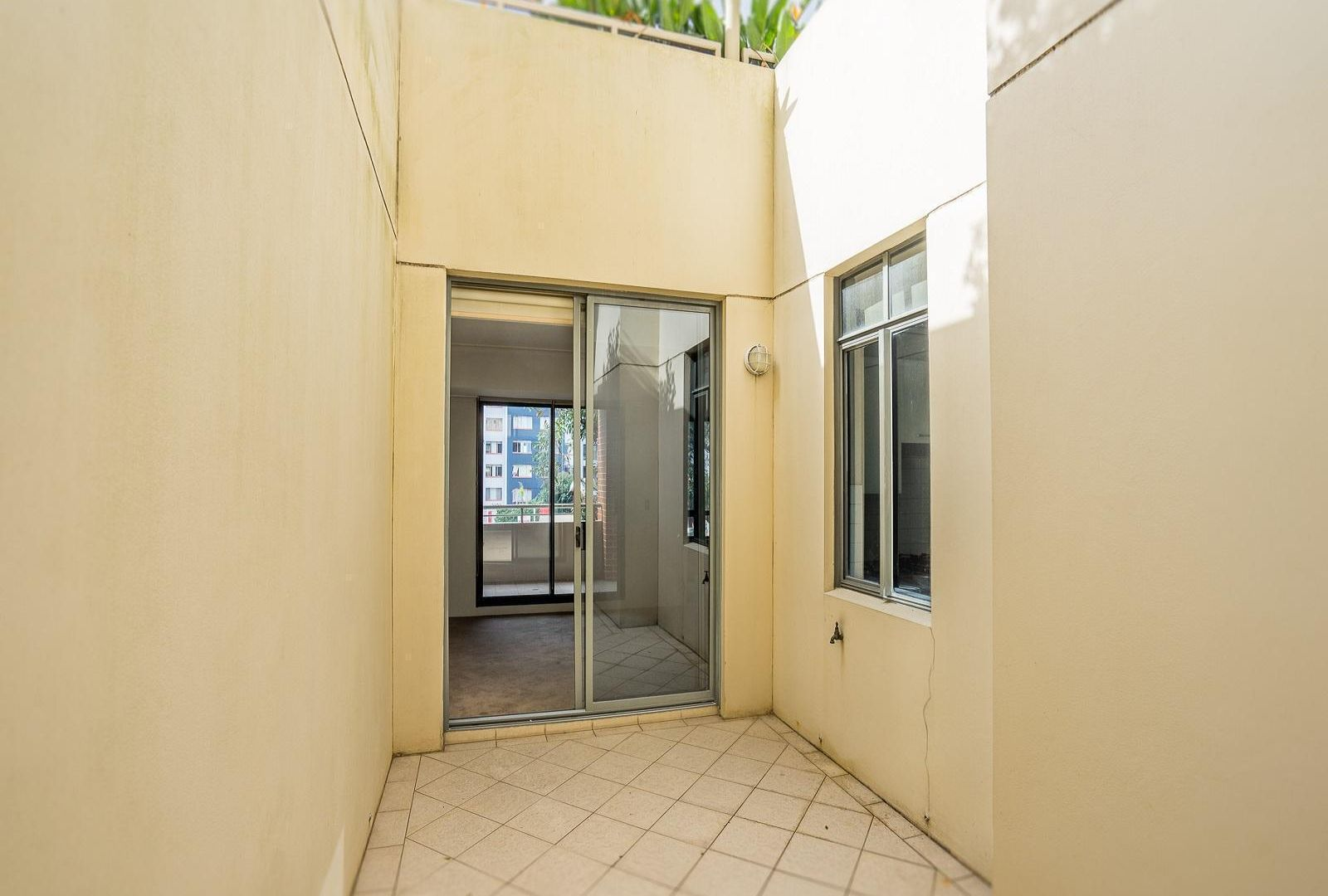 37/121 Pacific Highway, Hornsby NSW 2077, Image 2