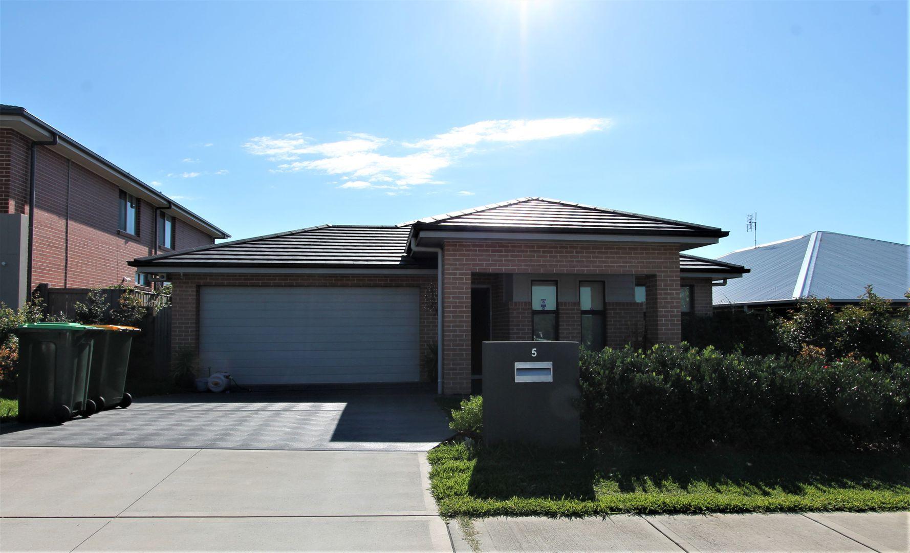 5 Adeline Crescent, Fletcher NSW 2287, Image 0