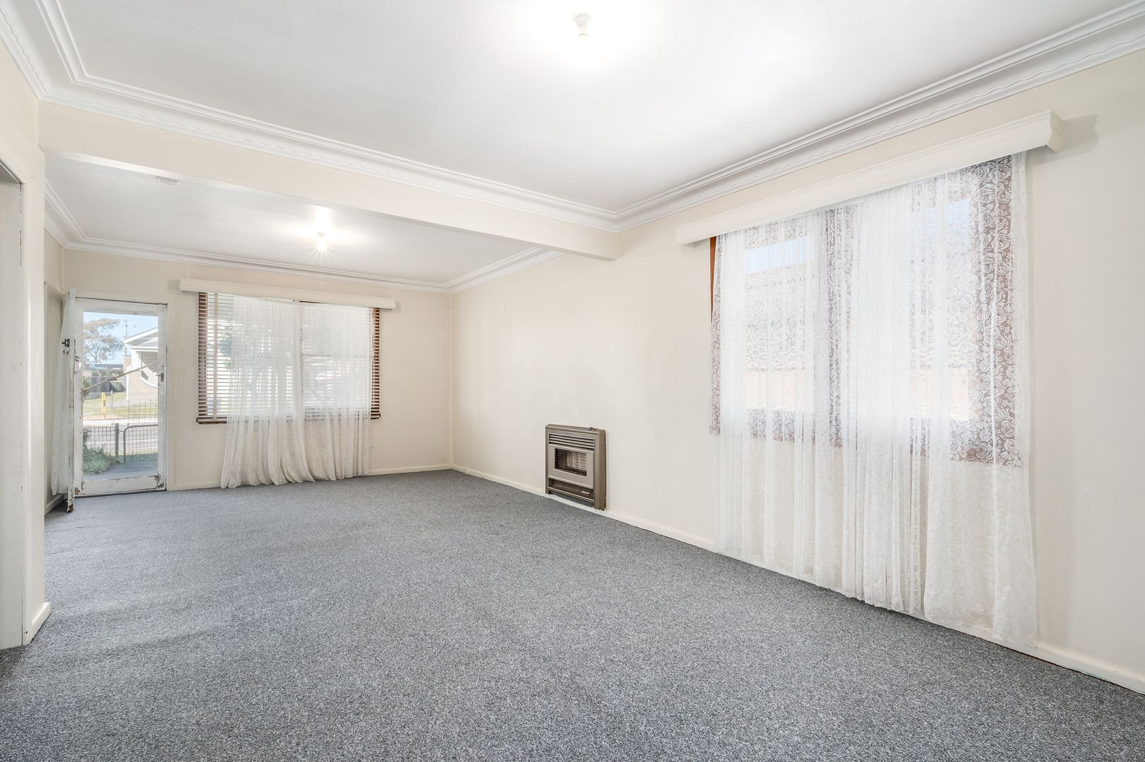 53 Burwood Street, Kahibah NSW 2290, Image 2