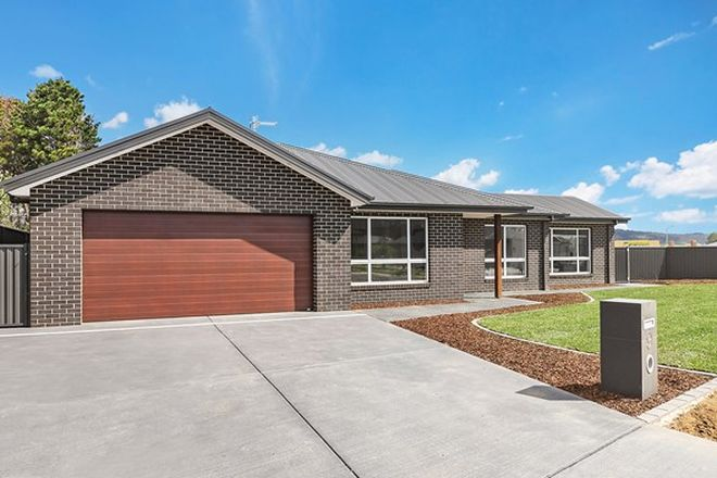 Picture of 9 McKay Drive, BUNGENDORE NSW 2621