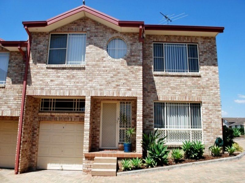 3/21 Furlong Avenue, Casula NSW 2170, Image 0