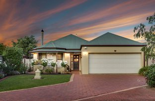 Picture of 4 Lynne Court, Taylors Lakes VIC 3038