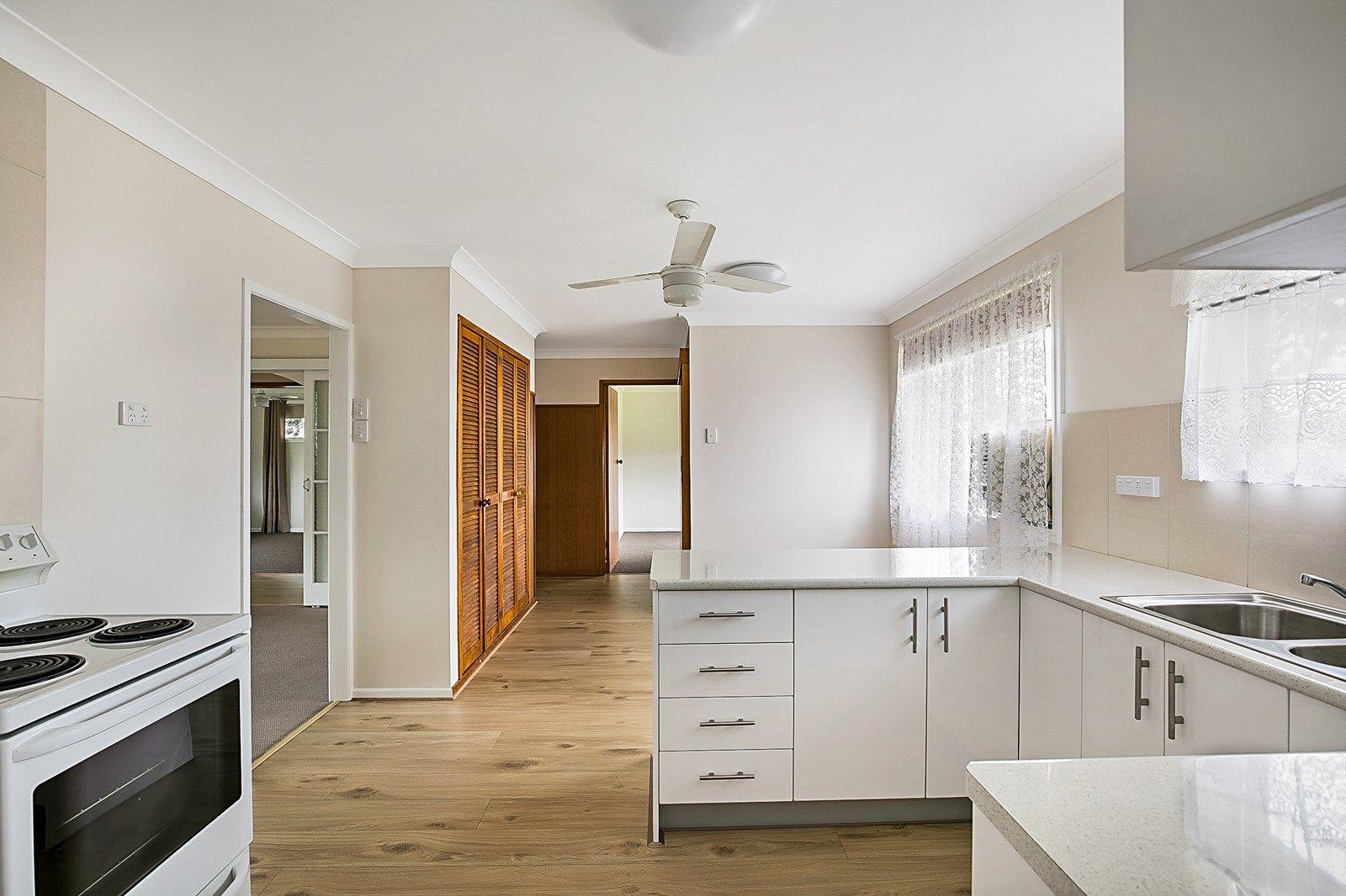 279a Alderley Street, Centenary Heights QLD 4350, Image 2