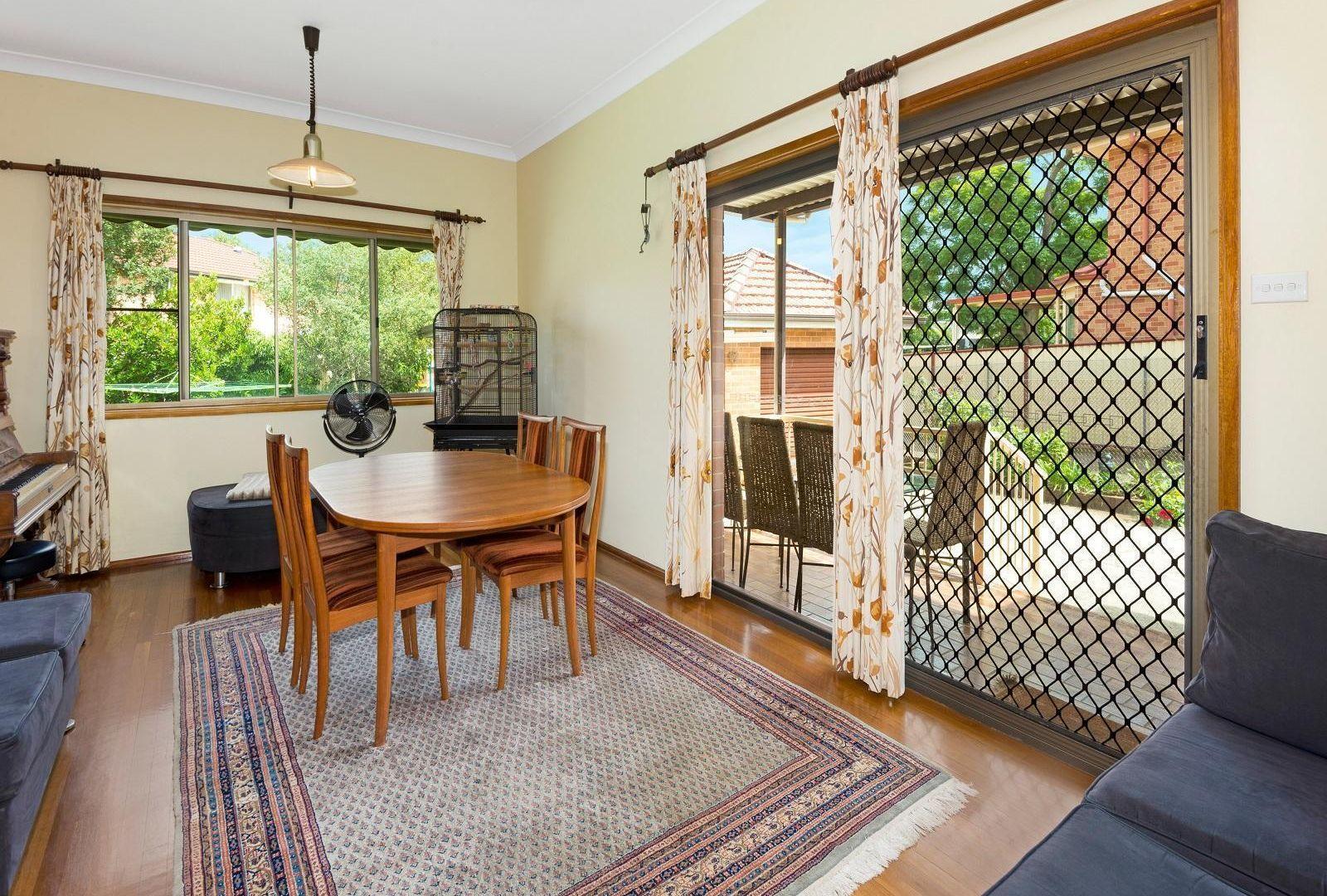 17 Hunts Avenue, Eastwood NSW 2122, Image 2