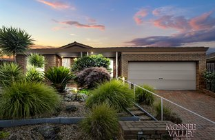 Picture of 44 Veronica Crescent, Mill Park VIC 3082