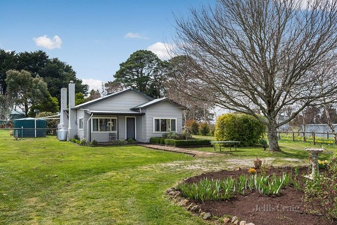 Picture of 27 Bergs Lane, TRENTHAM VIC 3458