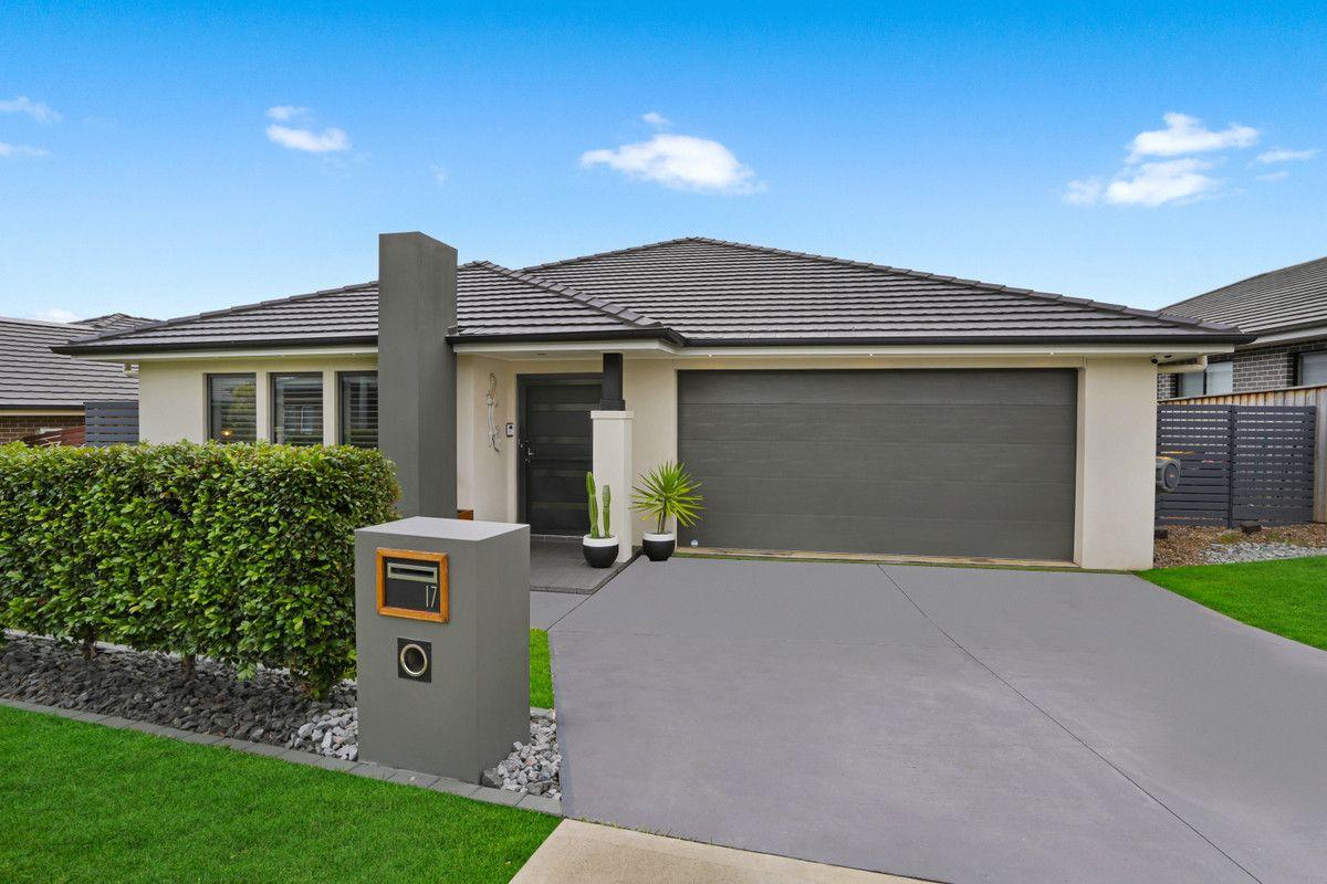 17 Leeuwin Road, Gledswood Hills NSW 2557, Image 0