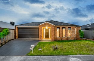 Picture of 8 Foxhound Grove, Cranbourne East VIC 3977