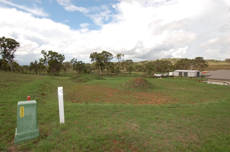 24 Phipps Drive, Meringandan West QLD 4352, Image 1