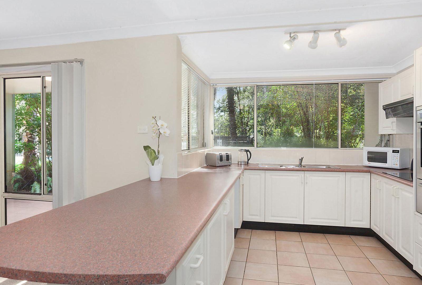 4/117 John Whiteway Drive, Gosford NSW 2250, Image 2