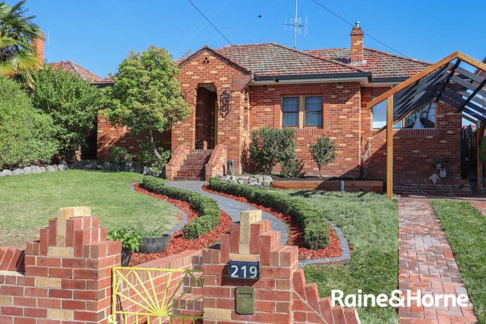 219 Hope Street, Bathurst NSW 2795, Image 0