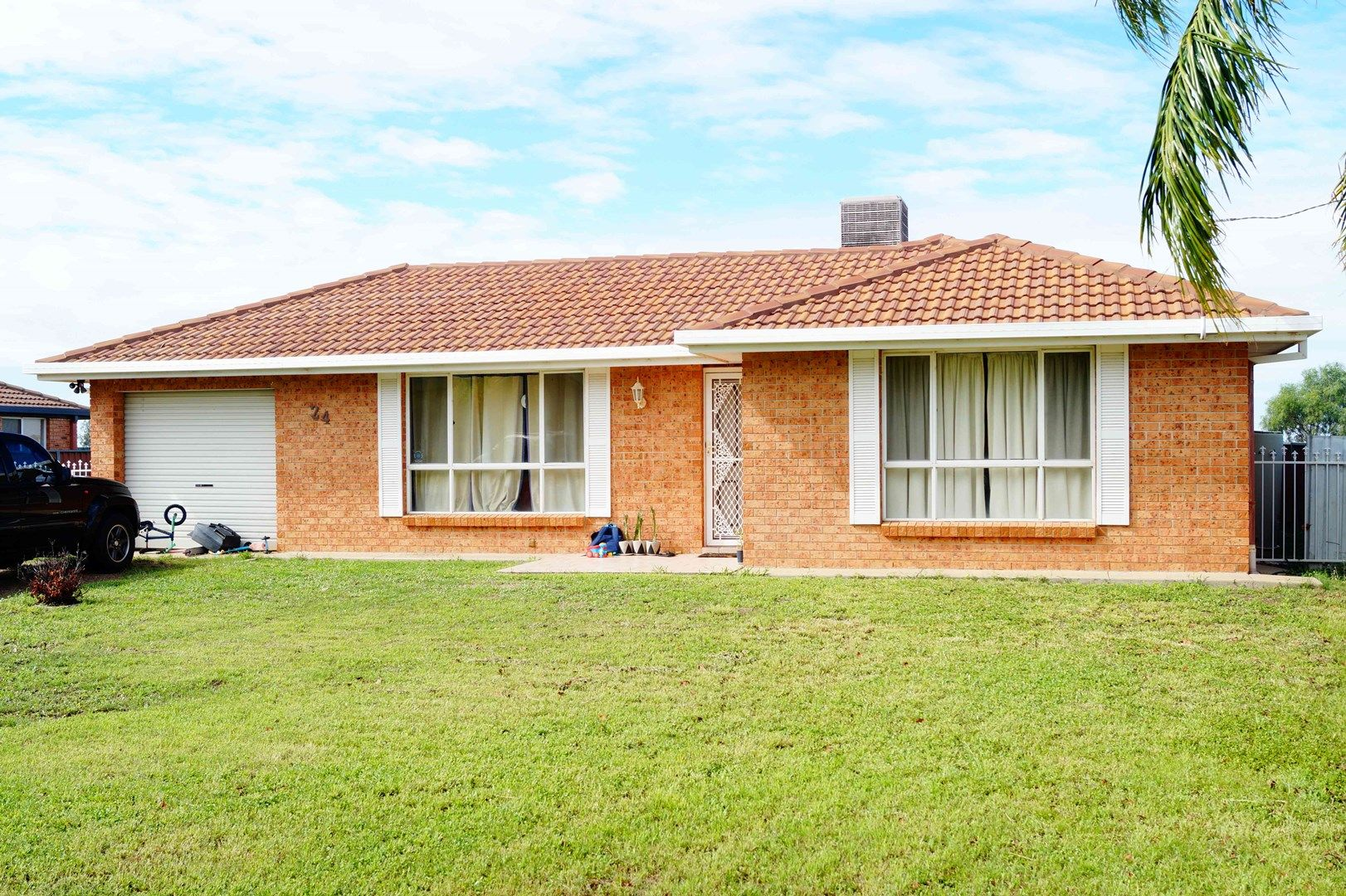 24 Loren Avenue, Moree NSW 2400, Image 0