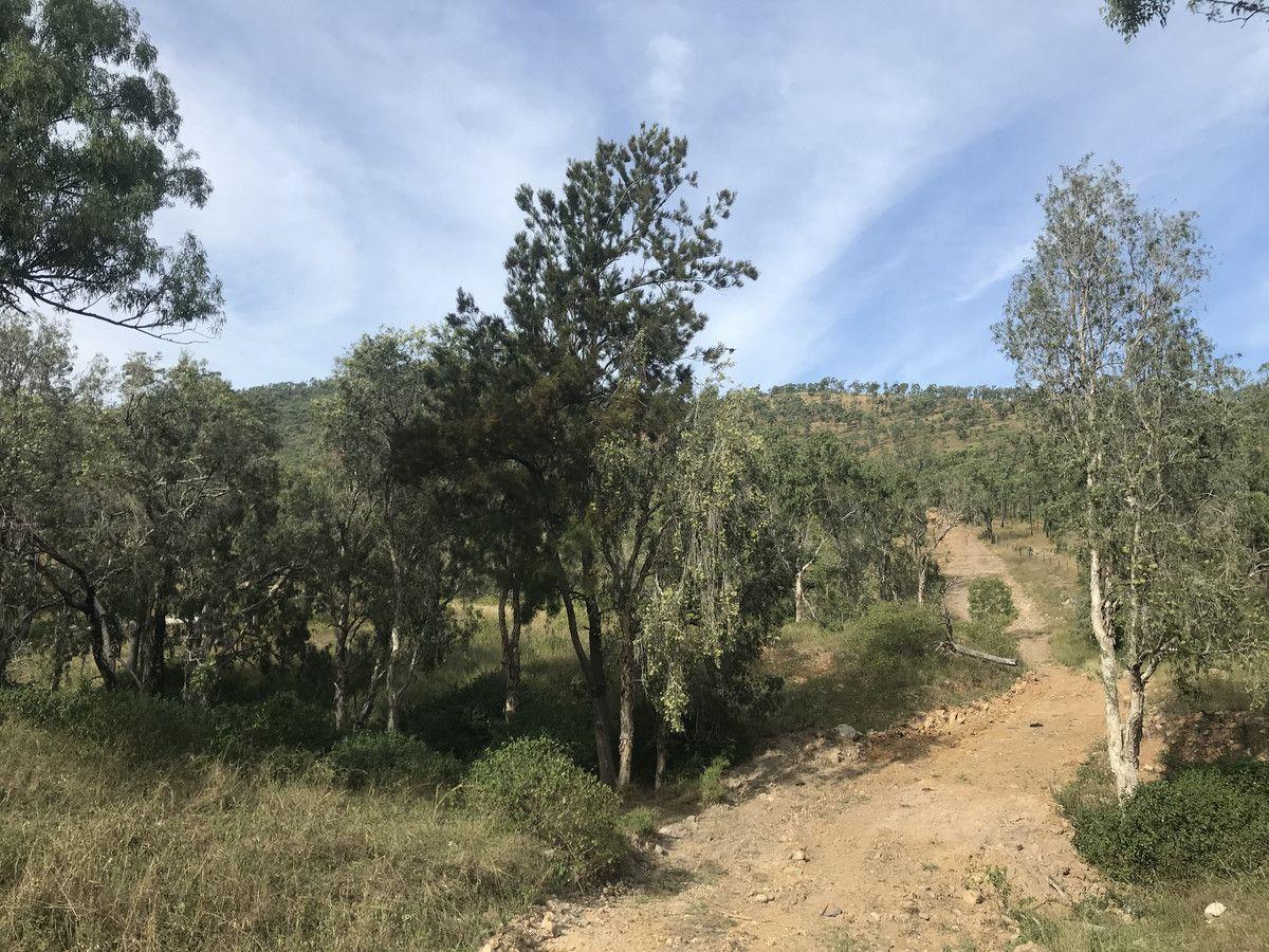 494 Yeppoon Road, Limestone Creek QLD 4701, Image 1
