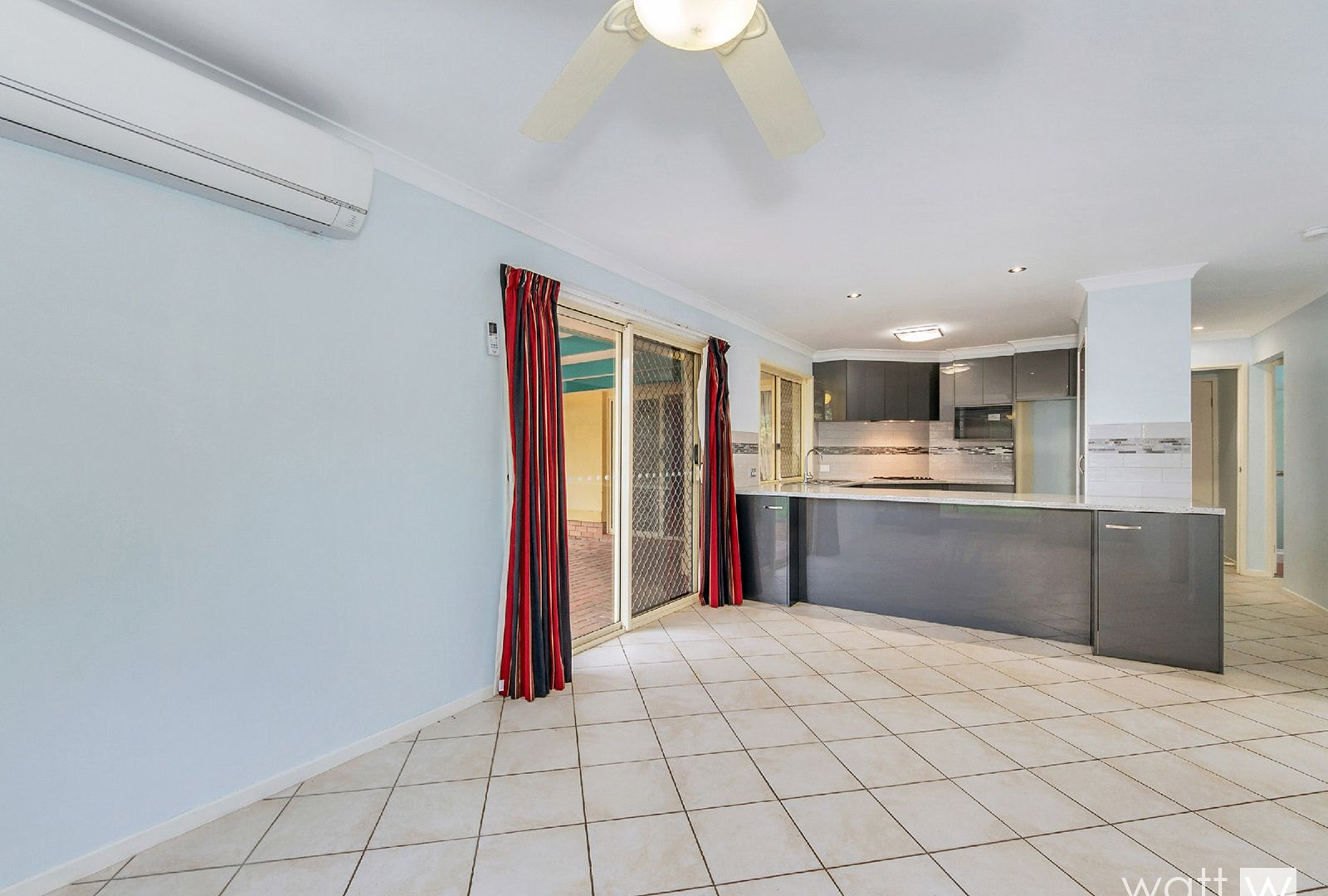 42 Cambridge Crescent, Fitzgibbon QLD 4018, Image 2